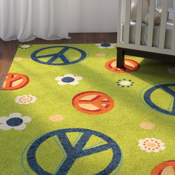 Lakisha Green/Blue Area Rug by Zoomie Kids