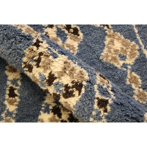 Catanzaro Hand Knotted Wool Blue/Ivory Indoor Area Rug by Red Barrel Studio