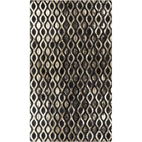 Clore Black/Gold Geometric Rug by Mercury Row