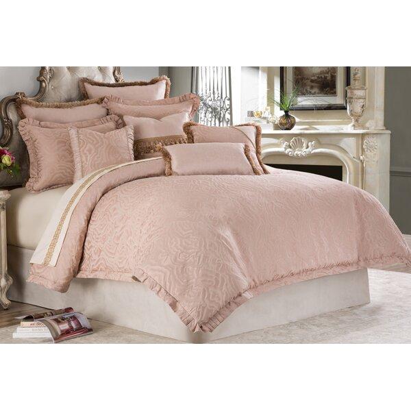 Zapata Comforter Set