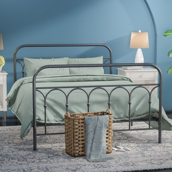 Boris Platform Bed by Gracie Oaks