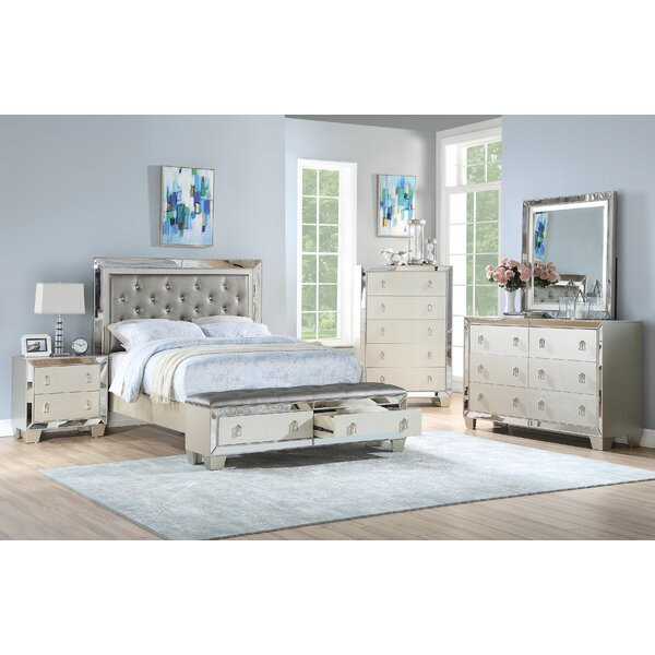 Flack Tufted Bed by House of Hampton