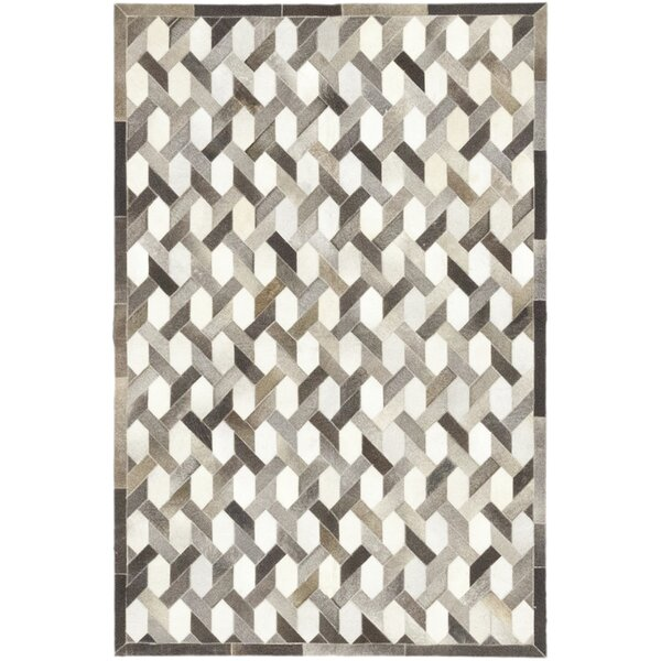 Cuadra Hand-Woven Cowhide Gray/Ivory Indoor Area Rug by Isabelline