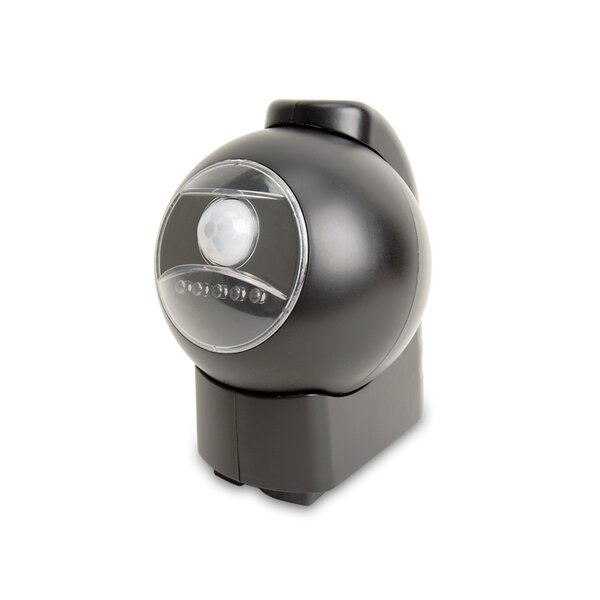 Battery Powered Convenience 5-Light Step Light by Maxsa Innovations