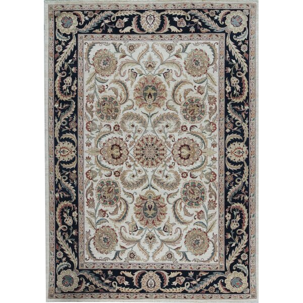 Sultanabad Oriental Hand-Knotted Wool Ivory/Navy Area Rug