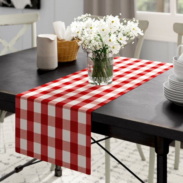 Lossett Table Runner by Gracie Oaks