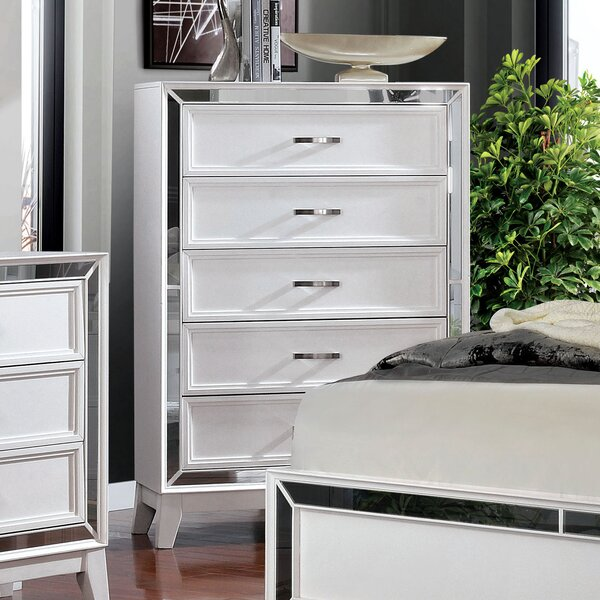 Iker 5 Drawer Chest by Rosdorf Park