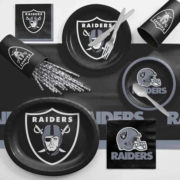 NFL Ultimate Fan Party Plastic Dinner Plate Set by Creative Converting