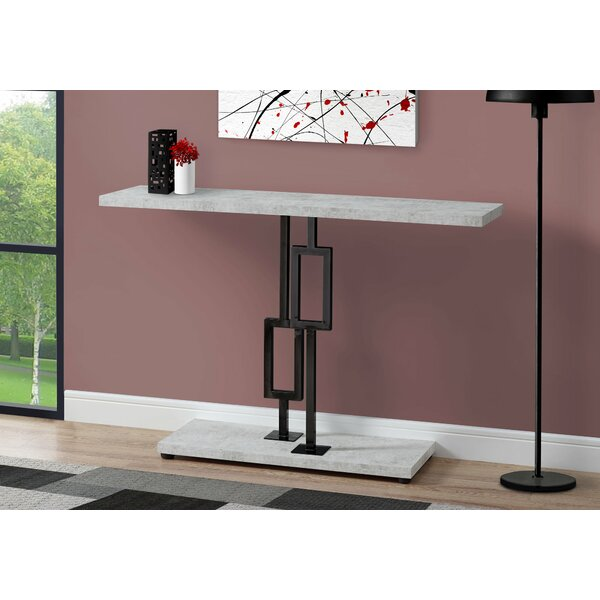 Review Hawes Console Table