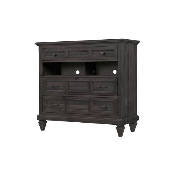 Delpha 3 Drawer Dresser by August Grove
