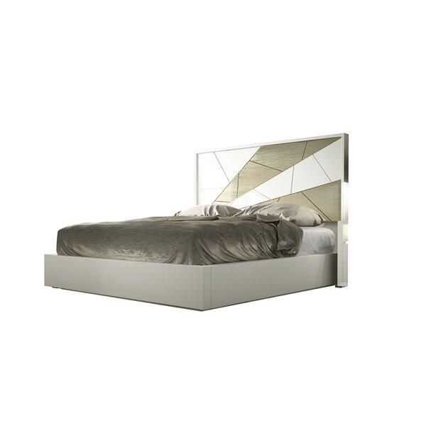 Helotes King Standard Bed by Orren Ellis
