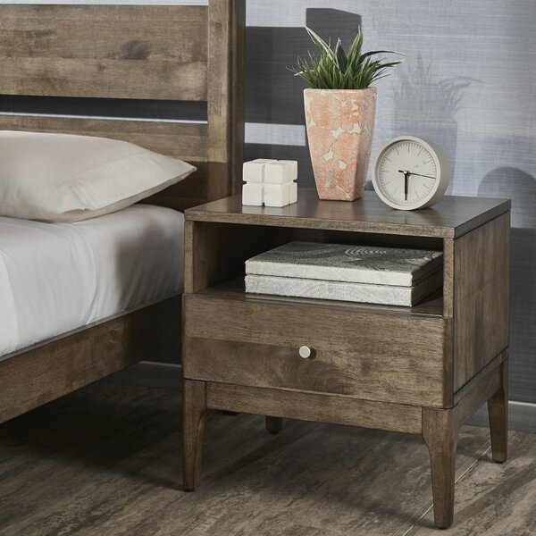 Lausanne 1 Drawer Nightstand by Ivy Bronx
