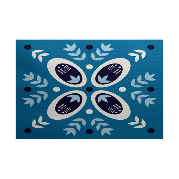 Mazee Blue Indoor/Outdoor Area Rug by Ivy Bronx