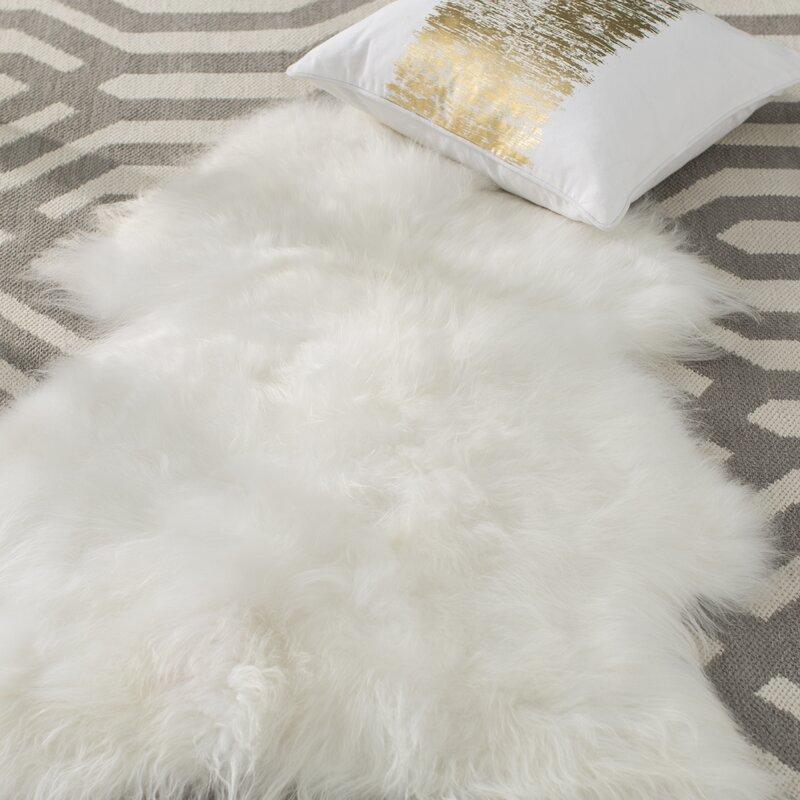Augustin Sheepskin White/Ivory Area Rug