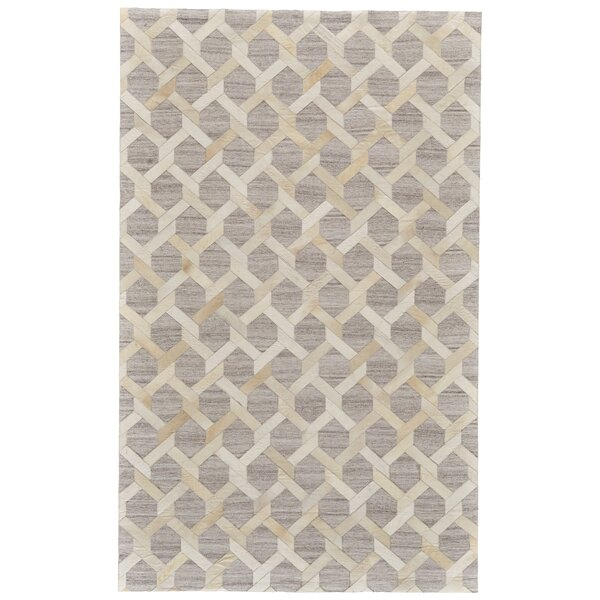 Grossi Hand-Woven Ivory/Silver Area Rug by Wrought Studio