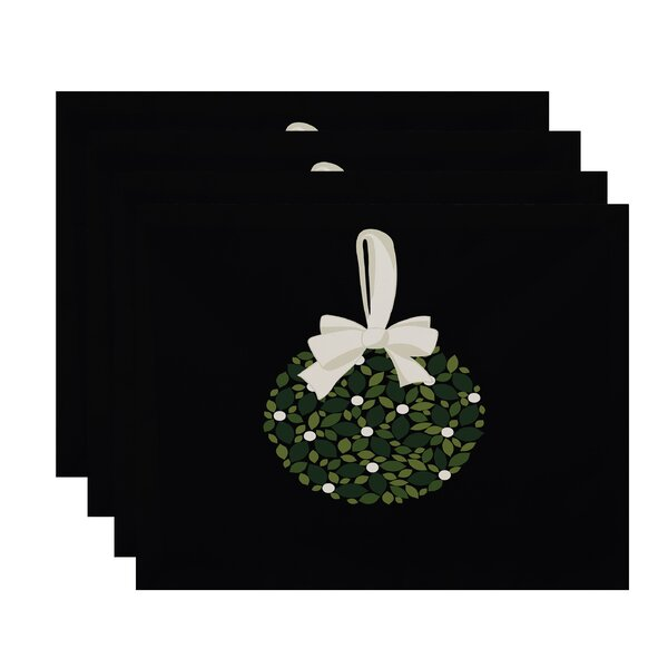 Mistletoe Me Placemat (Set of 4) by The Holiday Aisle