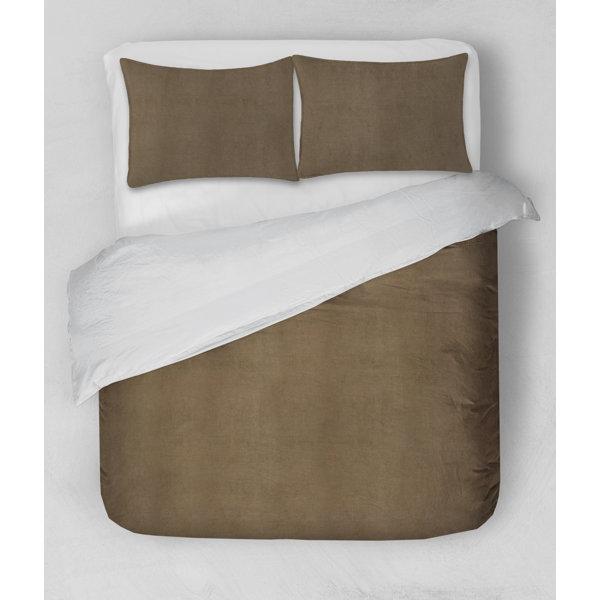 Akala Plush Comforter Set
