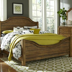 Bethany Square Platform Bed by Broyhill®