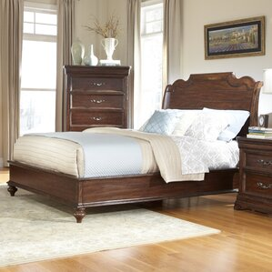 Signature Platform Bed by American Woodcrafters