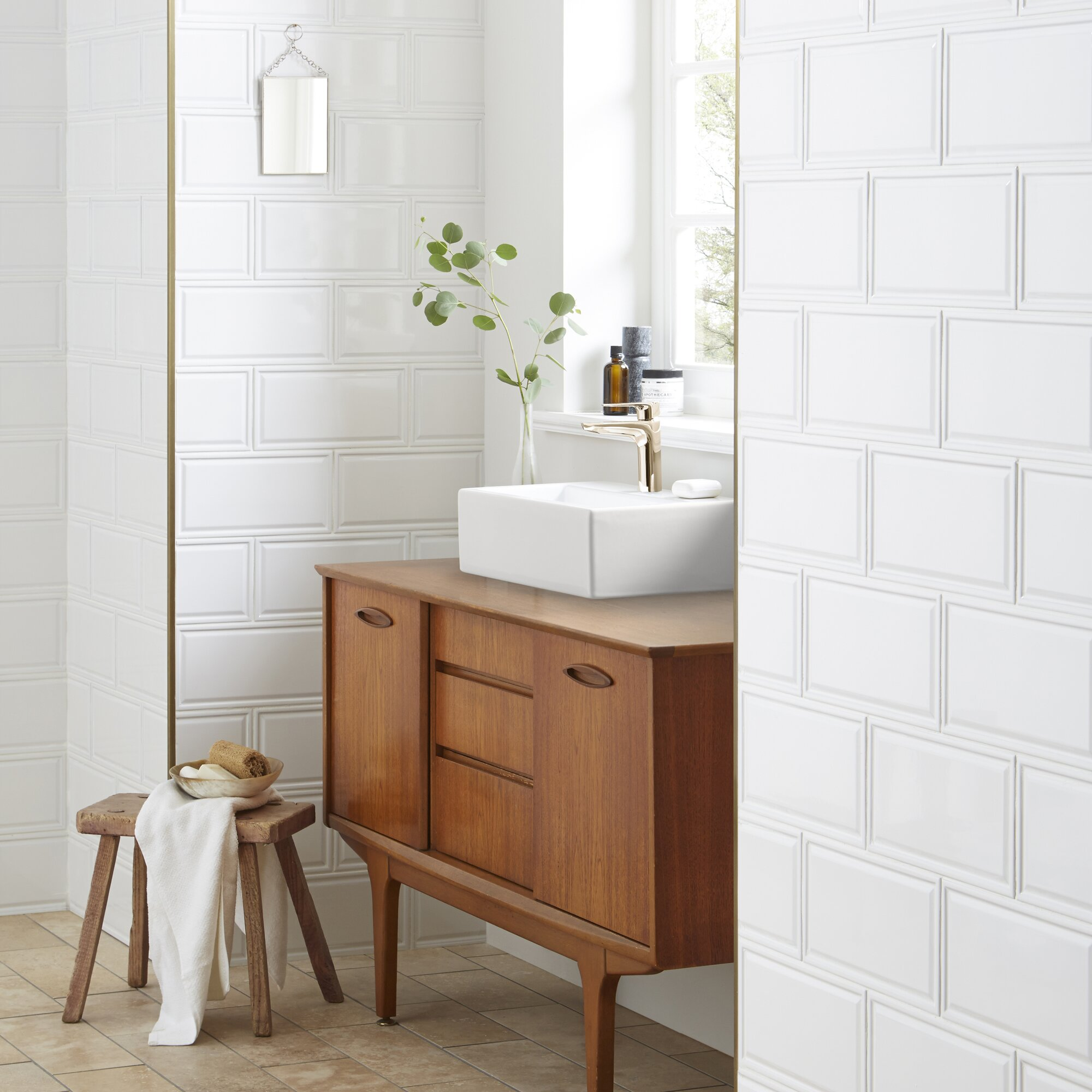 Elitetile linio 6 x 12 ceramic subway tile in white for Bathroom trends reviews