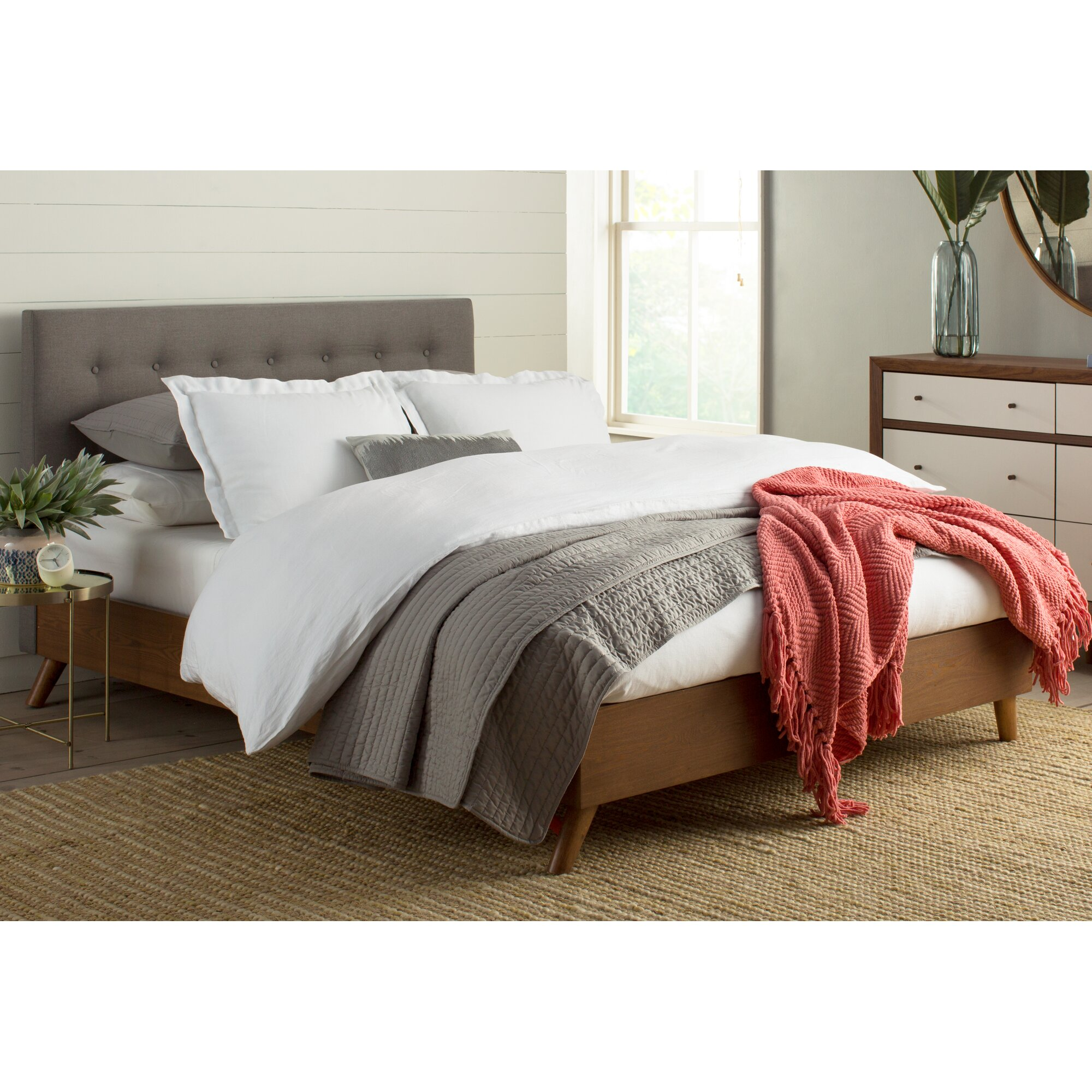 Room and board platform bed - Room And Board Platform Bed Smallwood Upholstered Platform Bed