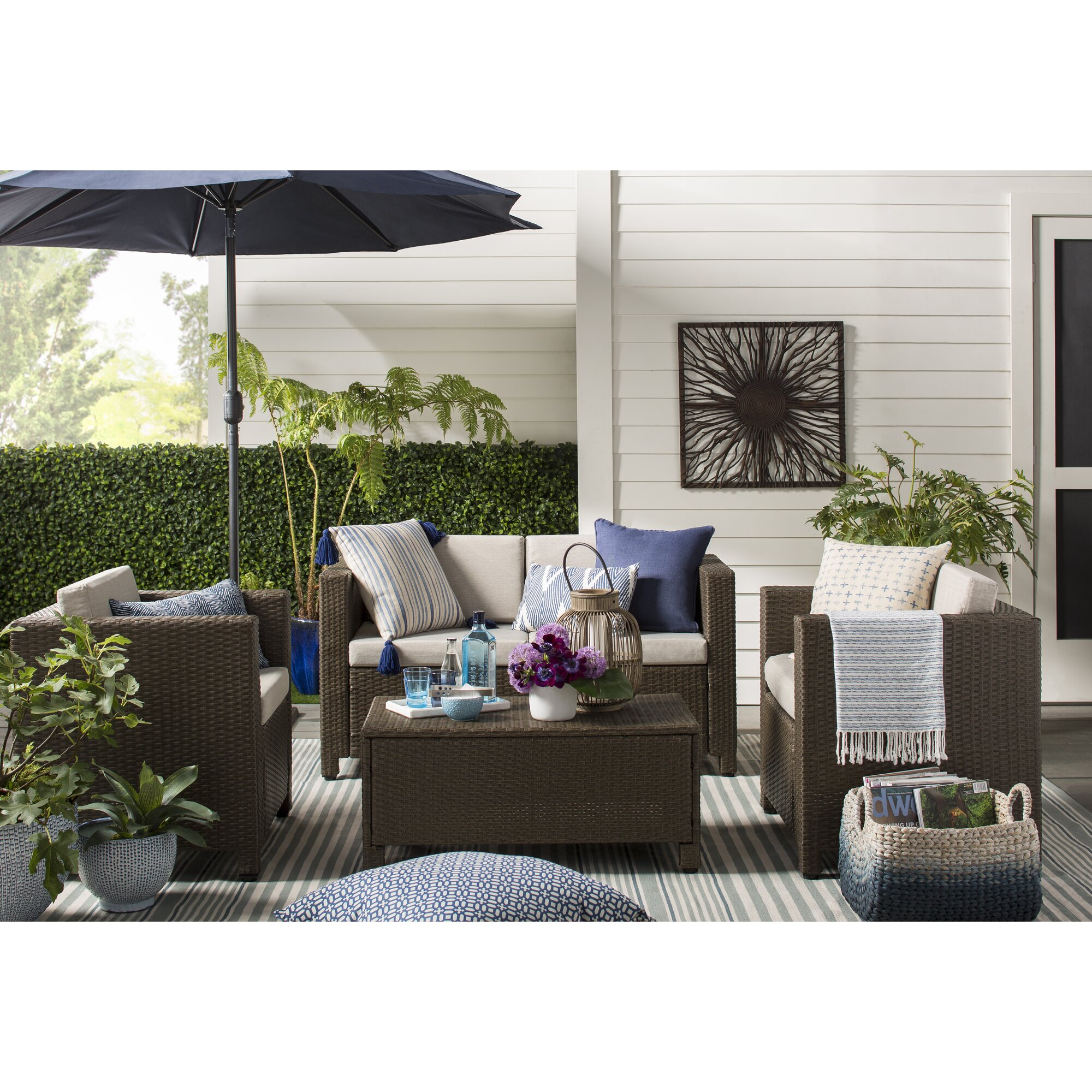 dash and albert rugs hand woven blue white indoor outdoor. Black Bedroom Furniture Sets. Home Design Ideas
