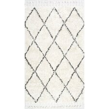 Twinar Hand-Knotted White Area Rug