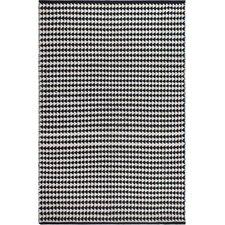 Zen Hand-Woven Black/White Area Rug