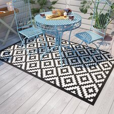 Kenji Black Indoor/Outdoor Rug