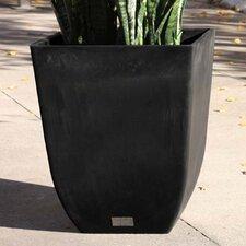 Sierra Plastic Pot Planter