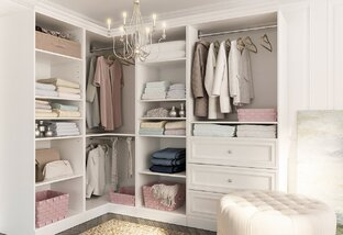 The Clutter-Free Closet