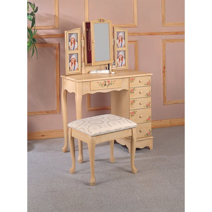 vanity set with stool and lighted mirror.  Lighted Makeup Vanity Sets Wayfair