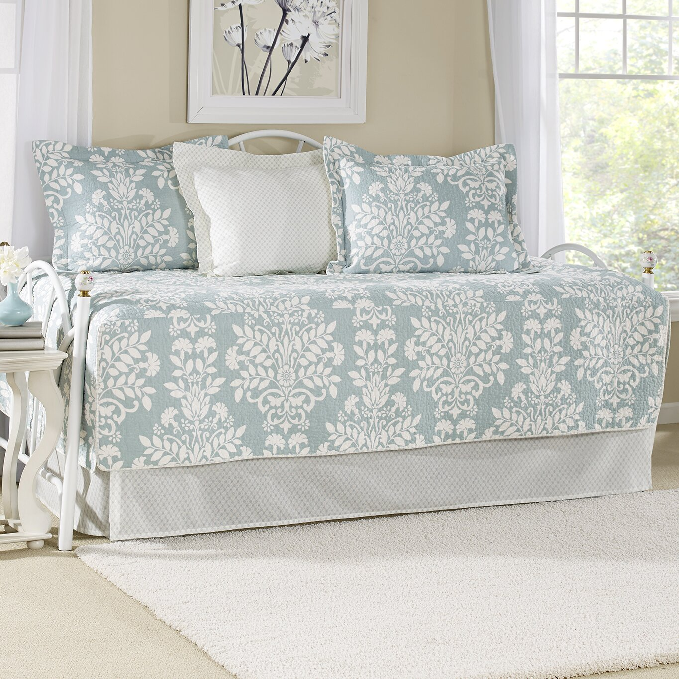 Laura ashley home rowland breeze 5 piece twin daybed quilt for Quilted kitchen set