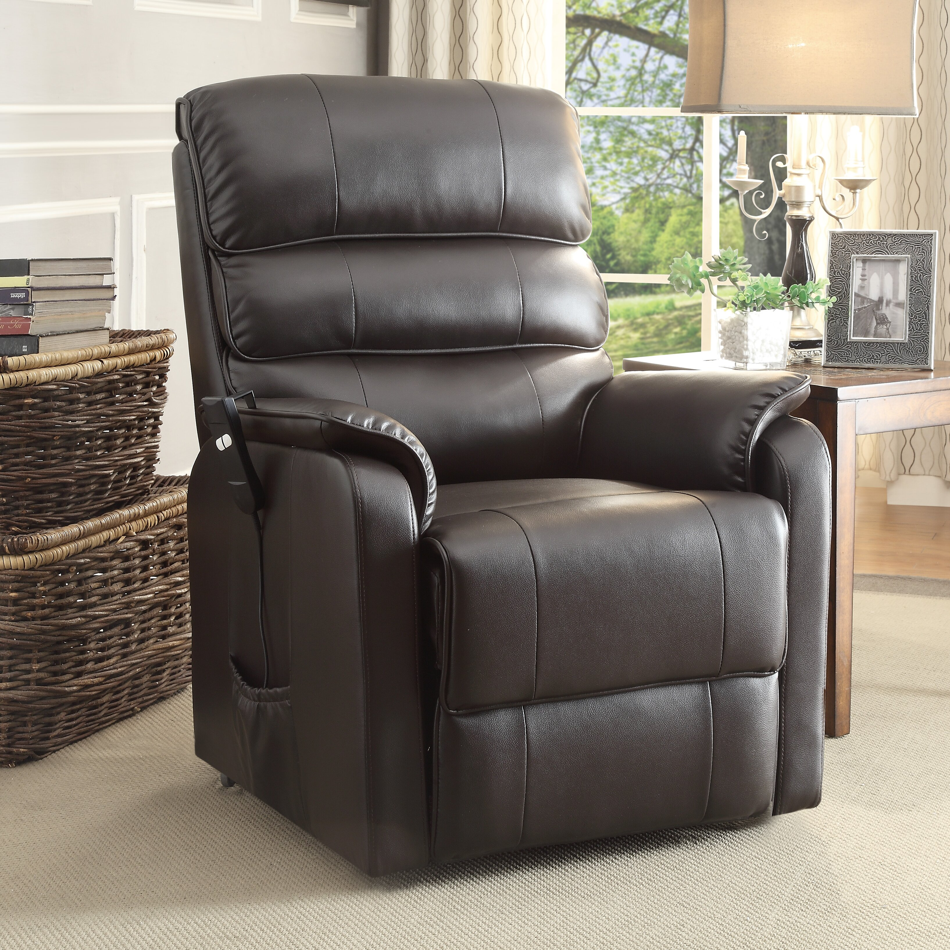 Woodhaven Living Room Furniture Woodhaven Living Room Furniture Woodhaven Hill Callie Sleeper