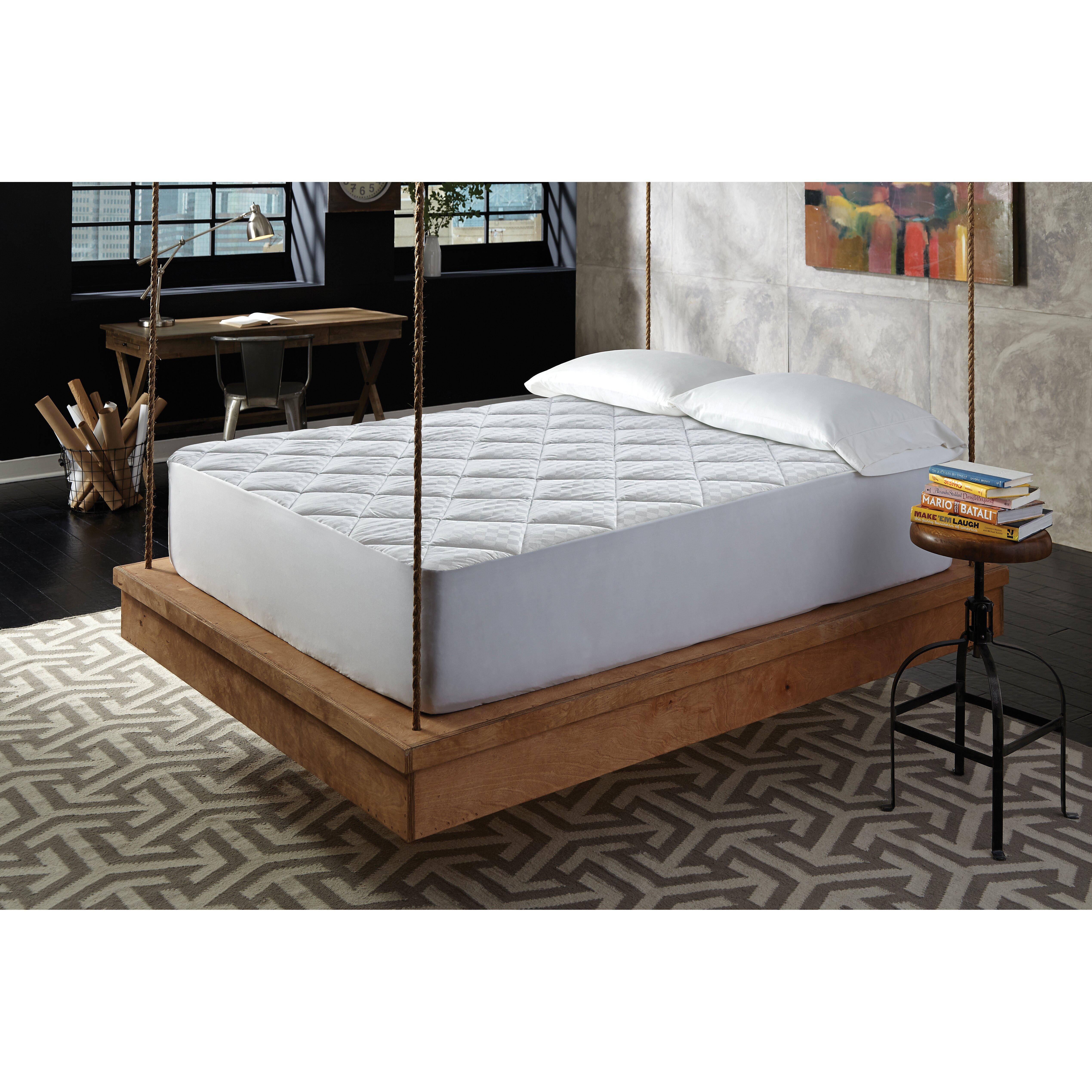 Frisco Microfiber Sofa Bed Queen Mattress Pad Sofa Review : MGM GRAND at home Platinum Jacquard Diamond Quilt Mattress Pad from www.sofareviewhd.co size 5077 x 5077 jpeg 2267kB