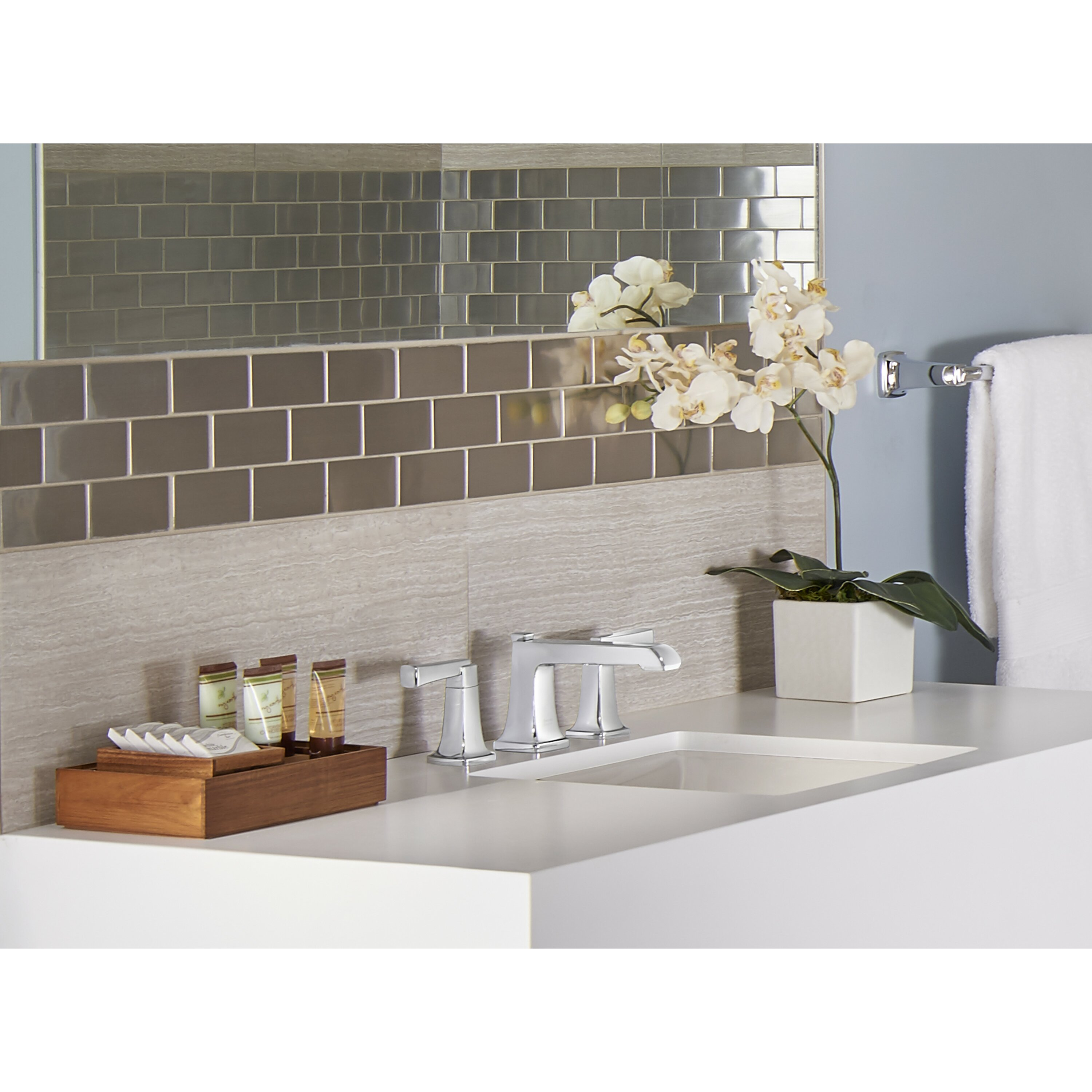 American Standard Townsend Widespread Bathroom Faucet Double Handle with  Drain Assembly. American Standard Townsend Widespread Bathroom Faucet Double